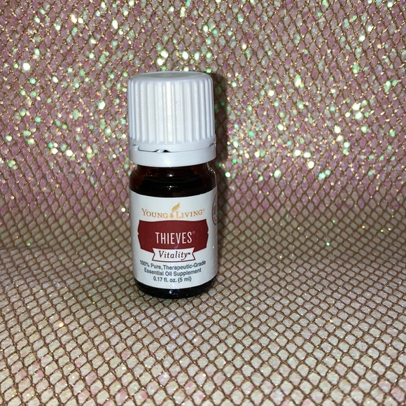 Thieves vitality essential oil—Sealed